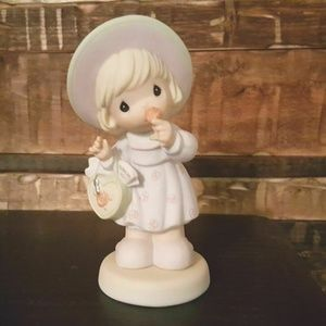 """Precious Moments Figurine """"Take Time To Smell The"""